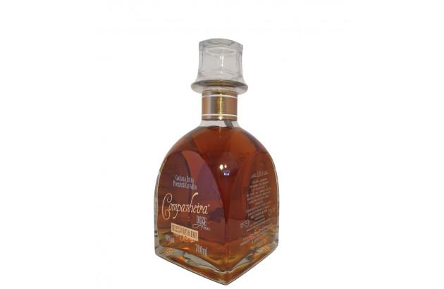 Cachaça Companheira Extra Premium 12 anos 700 ml
